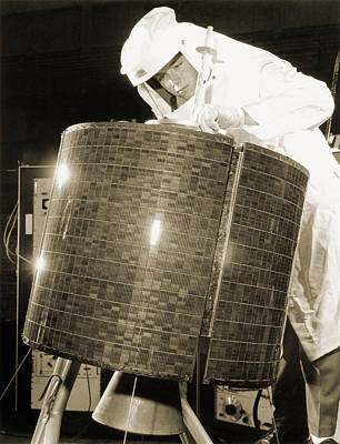 Tv Commercials Photograph - Early Bird Communications Satellite, 1965 by Detlev Van Ravenswaay