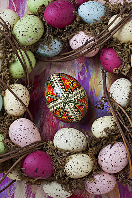Photograph - Easter Egg With Wreath by Garry Gay
