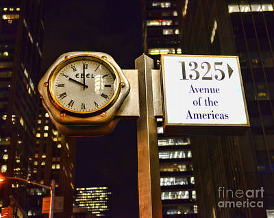 Ebel Street Clock In Nyc Print by Paul Ward