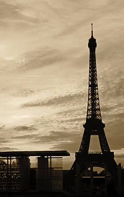 Photograph - Eiffel At Sunset by Tony Grider