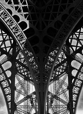 Photograph - Eiffel Tower - Paris by Juergen Weiss