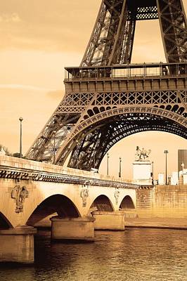 Eiffel Tower, Paris, France Art Print by Carson Ganci