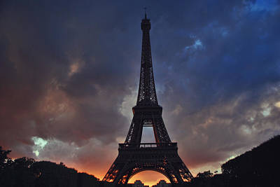 Jeka World Photograph - Eiffel Tower Sunset by Jeff Rose