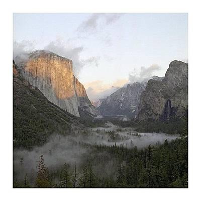 Urban Wall Art - Photograph - El Capitan. Yosemite by Randy Lemoine