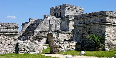 Photograph - El Castillo Tulum by Keith Stokes