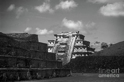 Photograph - El Tajin Ruins Veracruz Mexico by John  Mitchell