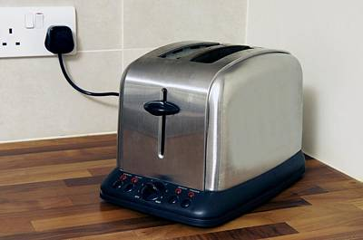 Toaster Photograph - Electric Toaster by Johnny Greig