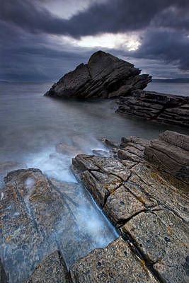 Elgol Photograph - Elgol Rock by Guido Tramontano Guerritore