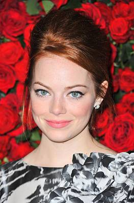 Bestofredcarpet Photograph - Emma Stone At Arrivals For Momas 4th by Everett