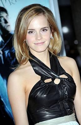 Emma Watson Wearing A Proenza Schouler Art Print by Everett