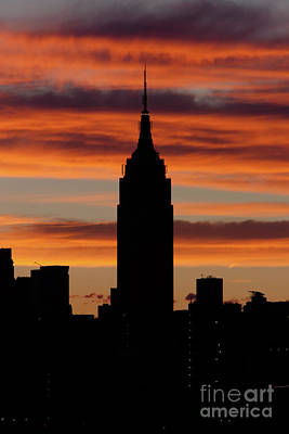 Photograph - Empire State Building And Pre-sunrise Sky by Clarence Holmes