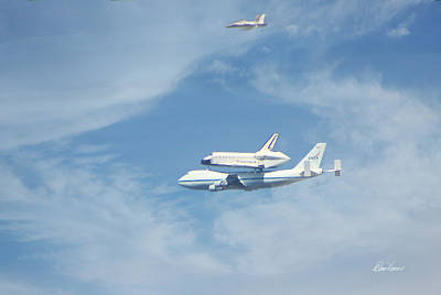 Photograph - Endeavour's Final Flight by Diana Haronis