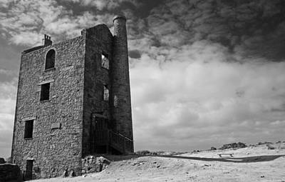 Black And White Photograph - Engine House Bodmin Moor Cornwall by Rachel Burch