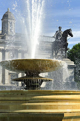 Essential Elements Of Trafalgar Square Art Print by Vicki Jauron