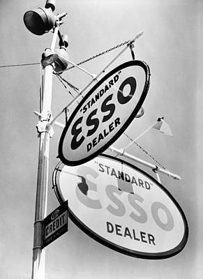Gas Lamp Photograph - Esso. Gasoline Sign On Chestnut Street by Everett