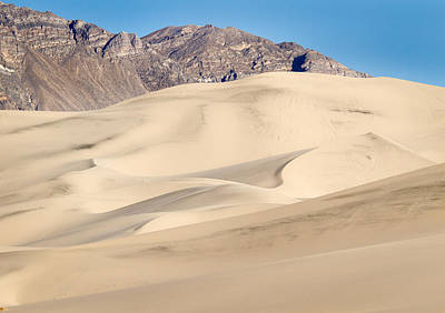 Photograph - Eureka Dunes In Death Valley by Jean Noren