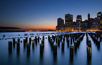 Y120817 Photograph - Evening At Brooklyn Bridge Park by Arnab Guha Photography