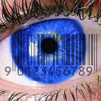 Gmy Photograph - Eye Scan by Cameron Bentley