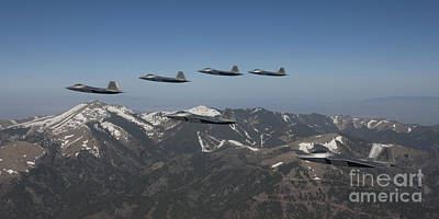 Water Droplets Sharon Johnstone - F-22 Raptors Fly In Formation by HIGH-G Productions