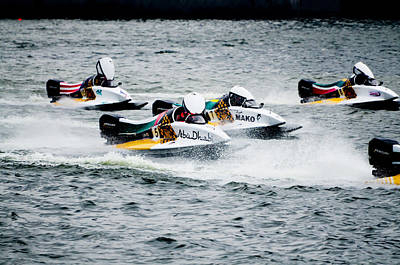 Photograph - F1 Power Boats by Chua  ChinLeng