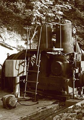 Photograph - Fairbanks Morse Giant Whirring Machine by Lorraine Devon Wilke