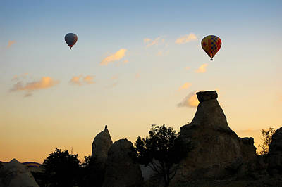Fairy Chimneys And Balloons Art Print by RicardMN Photography