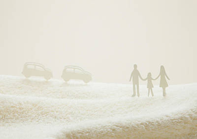 Y120831 Photograph - Family Holding Hands And Cars On Towel by sozaijiten/Datacraft