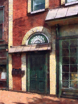 Fancy Green Door Burlington Nj Art Print by Susan Savad