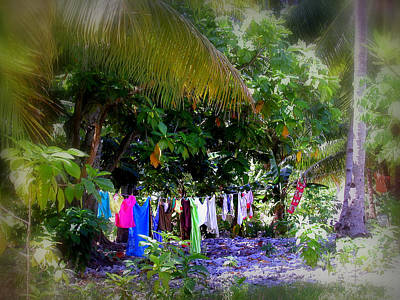 Photograph - Fanning Island Laundry by Cindy Wright