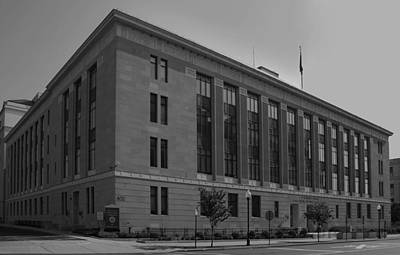 Photograph - Federal Courthouse Trenton by Steven Richman