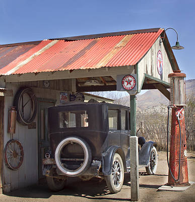 Old Texaco Gas Station Photograph - Fill'er Up by Elvira Butler