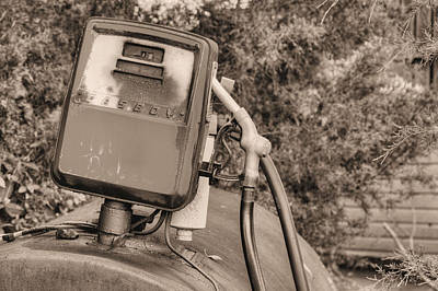 Er Photograph - Fill'er Up by JC Findley