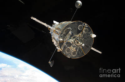Photograph - Final Mission To Hubble by Nasa