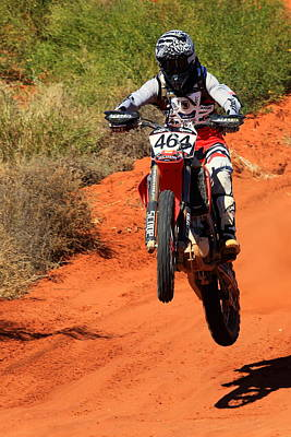 Photograph - Finke Desert Race Bike-464 by Paul Svensen