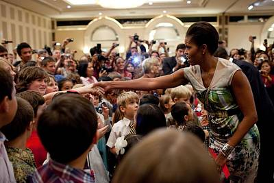 First Lady Michelle Obama Greets Art Print by Everett