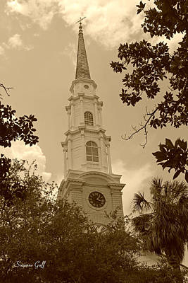 Photograph - First Presbyterian Church - Savannah In Sepia by Suzanne Gaff