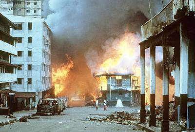 Flames Engulf Buildings In Panama City Art Print by Everett