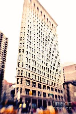 Flatiron Building Nyc Print by Kim Fearheiley