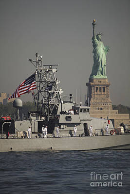 Fleet Week Vessels Pass By The Statue Print by Stocktrek Images