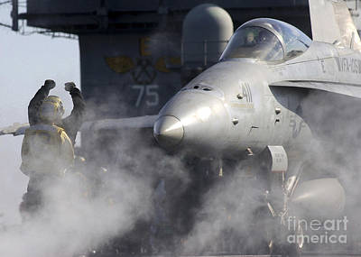 Transportation Royalty-Free and Rights-Managed Images - Flight Deck Personnel Perform Final by Stocktrek Images