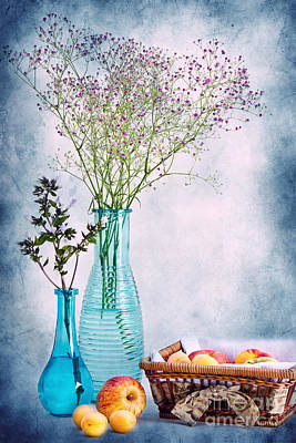 Still Life Photograph - Flowers And Fruits by Angela Doelling AD DESIGN Photo and PhotoArt