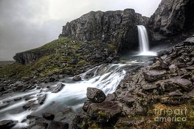 Photograph - Folaldafoss by Roddy Atkinson