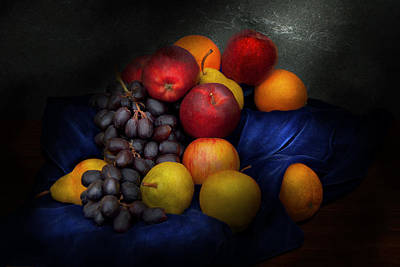 Blue Grapes Photograph - Food - Fruit - Fruit Still Life  by Mike Savad