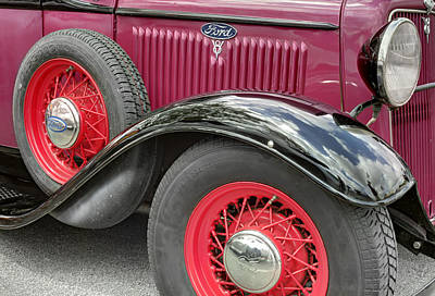 Photograph - Ford T V8 1928 Hood And Fender. Miami by Juan Carlos Ferro Duque