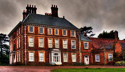 Art Print featuring the photograph Forty Hall by David Harding