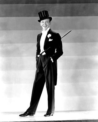 Colbw Photograph - Fred Astaire, 1930s by Everett