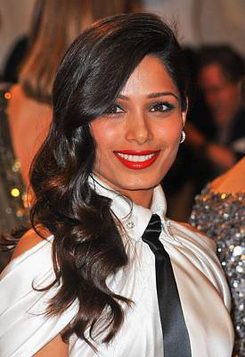 Alexander Mcqueen Savage Beauty Opening Night Gala - Part 2 Photograph - Freida Pinto At Arrivals For Alexander by Everett