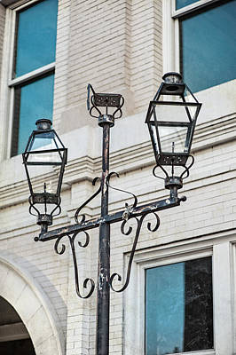 Photograph - Front Street Lamp by Brenda Bryant