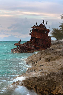 Photograph - Gallant Lady Shipwreck by Ed Gleichman