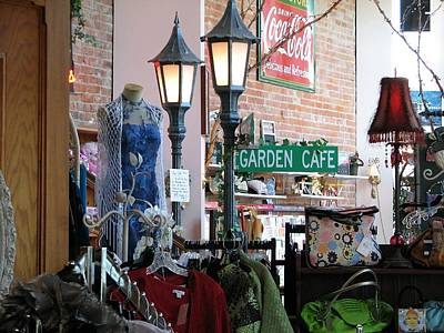 Photograph - Garden Cafe by Chris Anderson